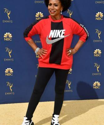 Jennifer Lewis' 2018 Emmy Awards Look Is A Huge Show Of Support For Colin Kaepernick & Nike