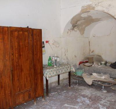 Italy's $1 homes might be dirt cheap, but they need a lot of work - take a look inside