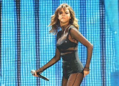 New Selena Gomez single gets thumbs-up from Talking Heads singer