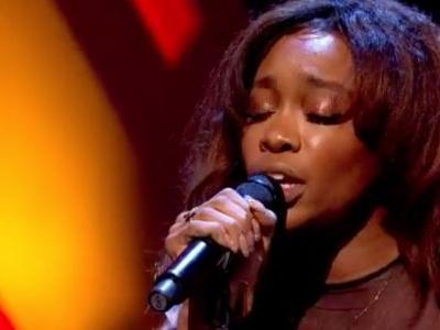 "Watch SZA Sing ""Normal Girl"" On Jools Holland"