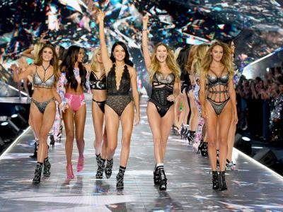 Every Look From the 2018 Victoria's Secret Fashion Show