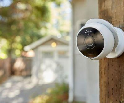 Kasa Smart's new outdoor security cam and smart Wi-Fi plug are available for preorder
