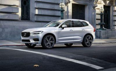 Elevated 2018 Volvo XC60 Drops FWD, Starts at $42,495