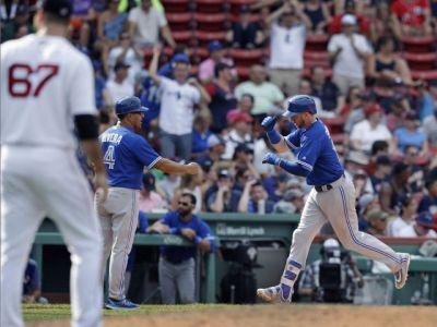 Justin Smoak homers twice, bails out shaky Toronto Blue Jays pitchers in win over Boston Red Sox