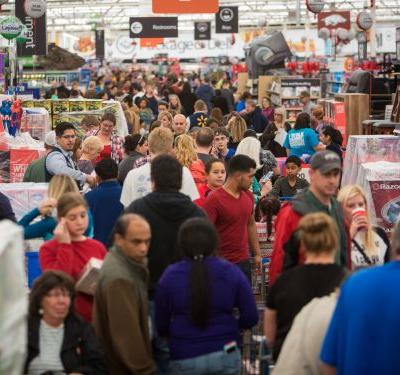 Here's the best time to go holiday shopping if you hate crowds, according to the data