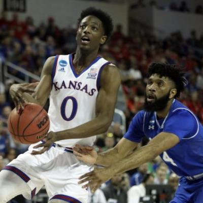 Kansas outlasts Seton Hall 83-79 to advance to the Sweet 16