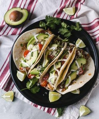 Easy Instant Pot Chicken Tacos