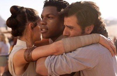FIrst Star Wars 9 Photo Reunites Our Heroes as Shooting