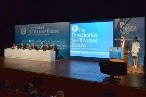 Greece is open for cruise industry business says Greek minister at 4th Posidonia Sea Tourisim Forum