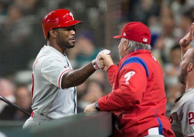 Phillies Send Howie Kendrick To Nationals