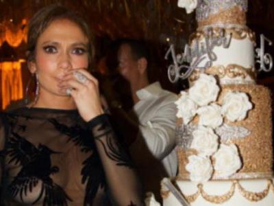 Jennifer Lopez's Birthday Cake Is Out Of This World, Of Course