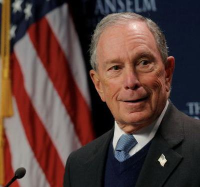 Former Obama aides say Bloomberg's 'jarring' ads mislead voters about his relationship with the former president