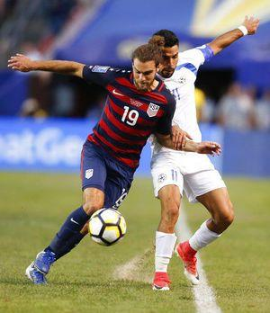 Miazga's late goal gives US 1st place in Gold Cup group