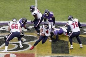 Ravens harass Watson, beat Texans 41-7 for 6th straight win