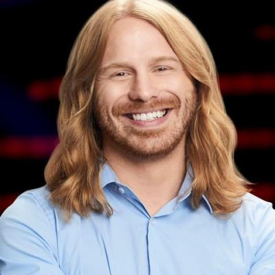 Adam Pearce Gives His Rendition Of 'Love Hurts' By Nazareth On The Voice Playoffs