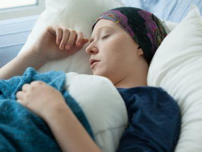 Many Dying Cancer Patients Try Useless Treatments