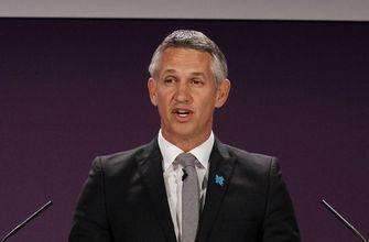 FIFA picks Lineker to host World Cup draw in Moscow