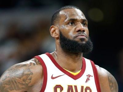 LeBron James' early-season declaration that he would stand for the national anthem reportedly had a big impact around the NBA