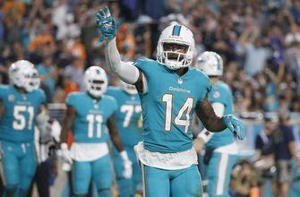 AP source: Dolphins agree to trade Jarvis Landry to Browns