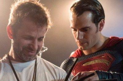 Justice League Fans Beg AT&T Customer Service for Snyder