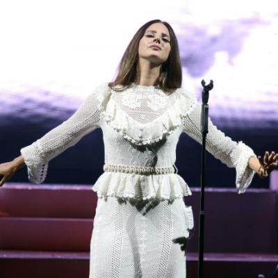 "Watch Lana Del Rey Perform ""Bartender,"" Bring Out Sean Lennon For The First Time At Tour Opener"