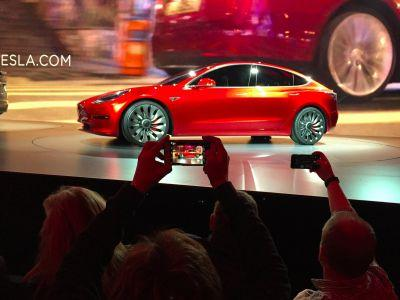 UBS: Tesla's future will be decided at the Model 3 launch event
