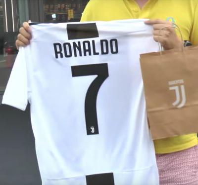 How much is Cristiano Ronaldo's Juventus shirt, jersey & kit?