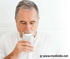 Drinking Water Boosts Cognitive Benefits in Older Adults