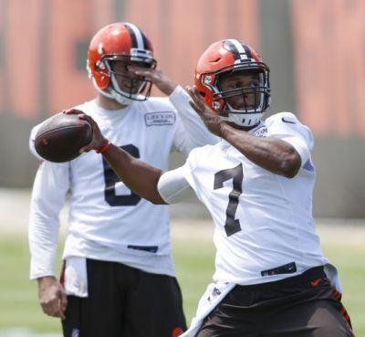Nate Ulrich's Browns analysis: Coach Hue Jackson faces serious temptation to start rookie quarterback DeShone Kizer right away