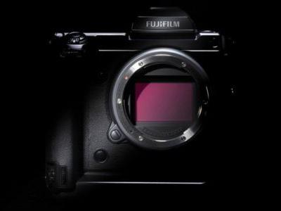 Fujifilm's Next GFX is a 102MP Medium Format Mirrorless with PDAF, IBIS, 4K