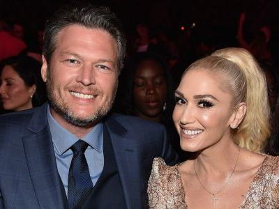 Gwen Stefani Says Blake Shelton 'Got Sexier' After Losing His 'Sexiest Man Alive' Title