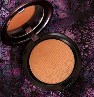MAC Mirage Noir Collection Extra Dimension Bronzing Powder in Delphic and Face and Body Foundation in Light Pearl