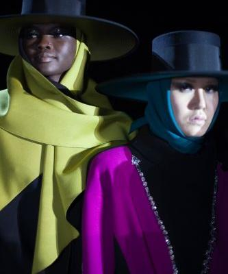 Marc Jacobs' 80s meets dark glamour show closes NYFW