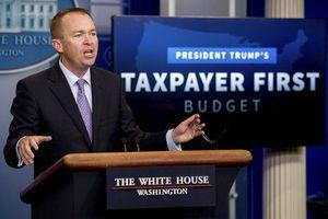 AP FACT CHECK: Budget chief slams Obama growth forecast