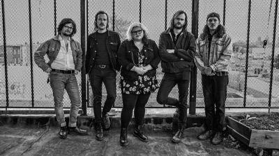 """Sheer Mag Keep Doing Their Glorious Dad-Rock Thing on """"Just Can't Get Enough"""""""