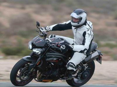 Riding The 2018 Triumph Speed Triple RS In Spain