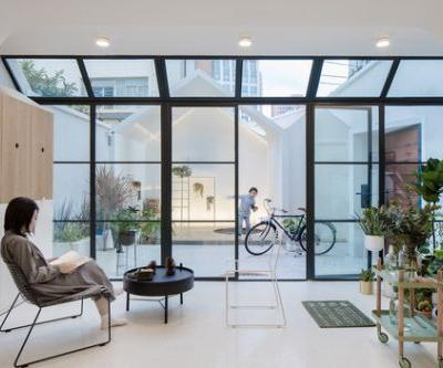 A White House, A Growing Home / RIGI Design