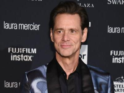Must Read: Jim Carrey Gets Existential at NYFW, Teyana Taylor Closes Philipp Plein With Memorable Dance