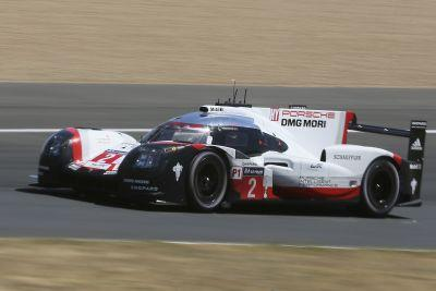 Porsche leaves it late to win 24 Hours Le Mans for 3rd year