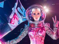 Duck And Cover, Katy Perry Is Hosting The VMAs