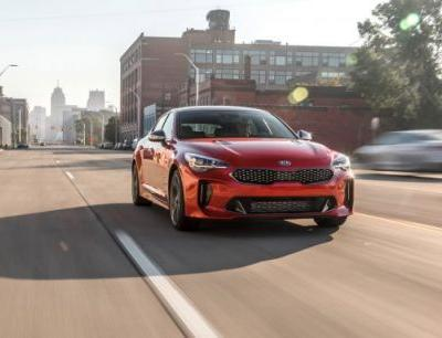 365 HP, Outrageous Looks: New Kia Stinger GT Tested!