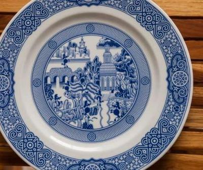 Collectible Porcelain: Calamityware Review & Giveaway