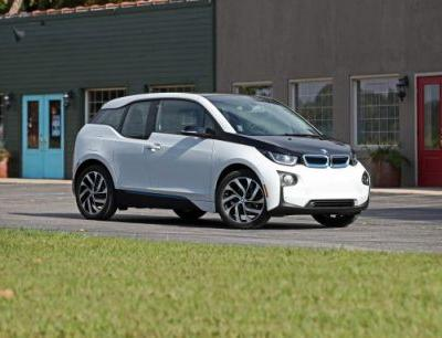 2017 BMW i3 EV Tested: Style Over Substance