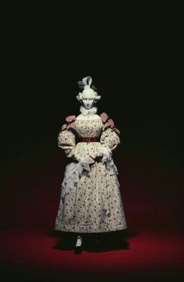 I'm sure you've probably gotten this question before, but what is your least favorite era of fashion? Myself, I've never been fond of Regency Era clothing; empire waist makes everyone look pregnant. Like c'mon guys, your waistline and your bustline