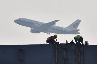 China's big airlines resume some global flights halted by coronavirus