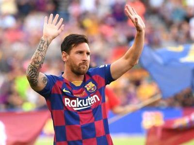 Messi included in Barca squad for UCL opener