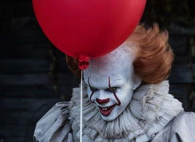 'It' is back on top of the box office as 'American Made' sputters