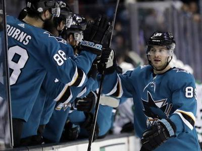 Boedker scores twice to help Sharks beat Stars