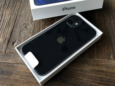First iPhone 12 and iPhone 12 Pro pre-orders begin arriving to customers around the world