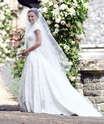 Pippa Middleton Weds James Matthews in Giles Deacon After weeks